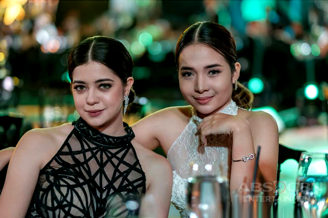 What's inside the bags of La Luna Sangre stars Sue and Kristel?