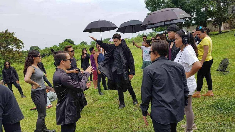 PHOTOS: Here's what happened behind the camera on #LaLunaSangreBagsik