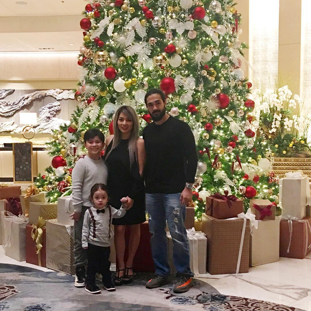 Meet the family of La Luna Sangre's Michael Agassi